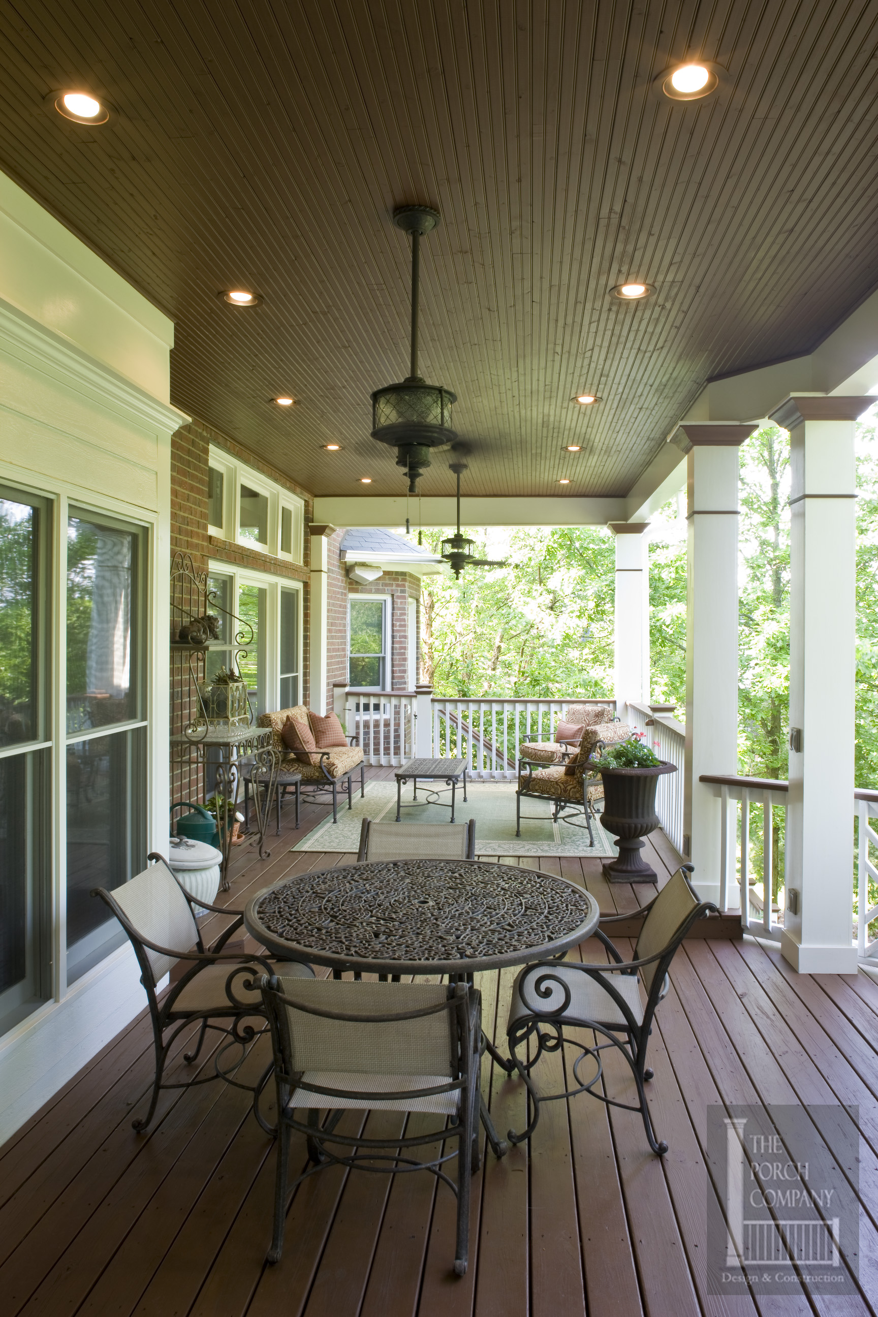 2 nashville porch flat roof beadboard ceiling the porch for Flat roof porches
