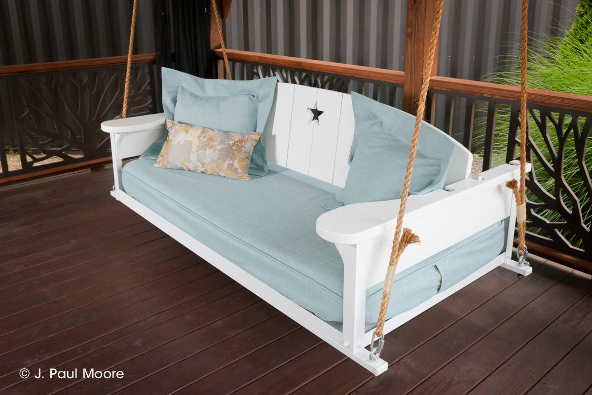 Americana Bed Swing