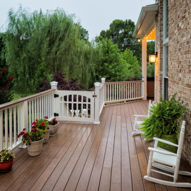 pvc-gate-deck