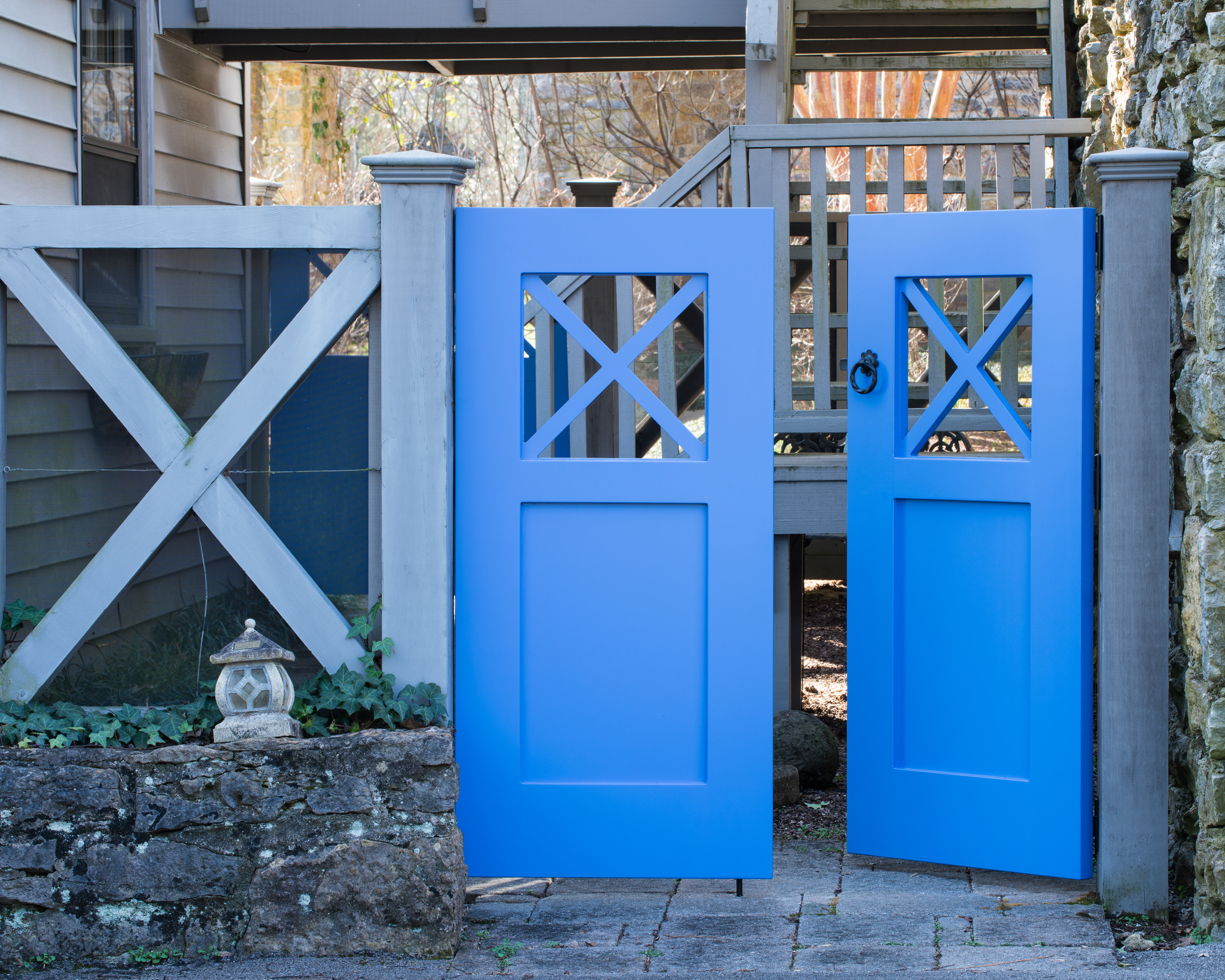 Can PVC be Painted? - The Porch CompanyThe Porch Company