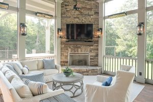 porch-screened-interior-decor-fireplace-750