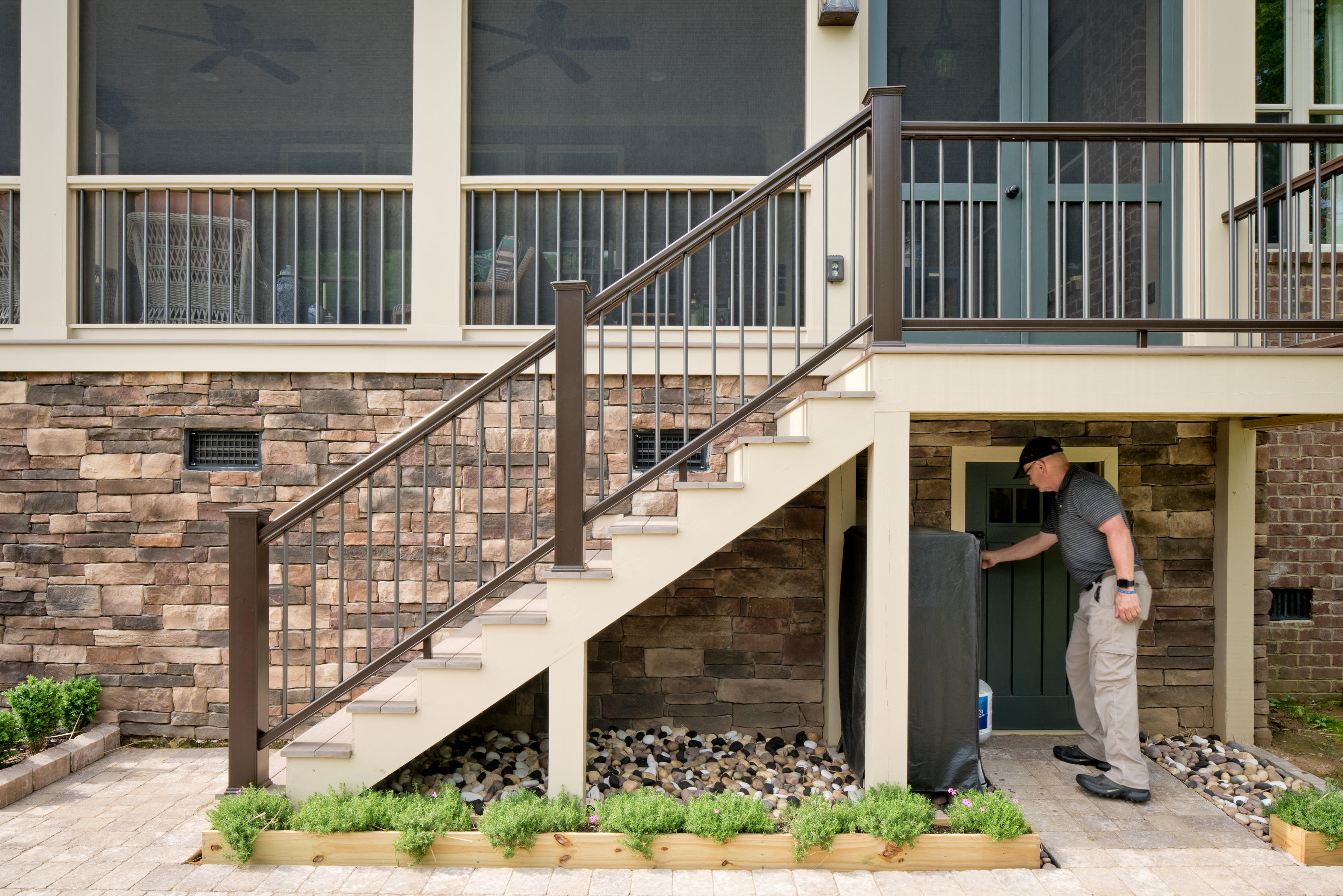 porch-screened-staircase-door-storage-brentwood tn & porch-screened-staircase-door-storage-brentwood tn - The Porch ...