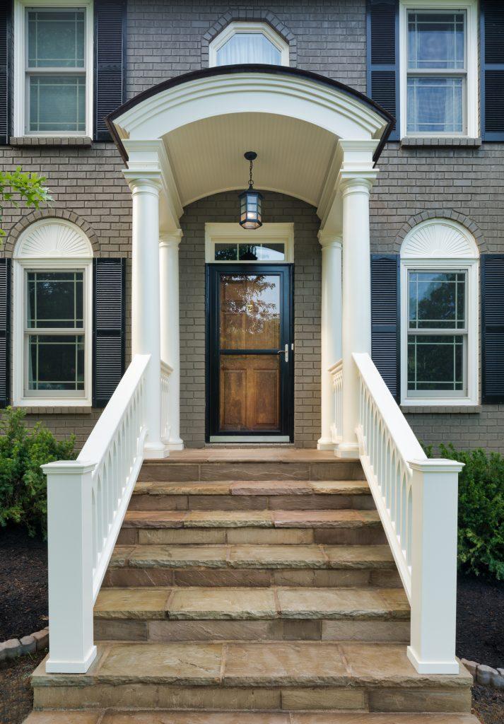 portico-custom-pvc-panels-railings-hermitage-sleeve-cap-sch-16