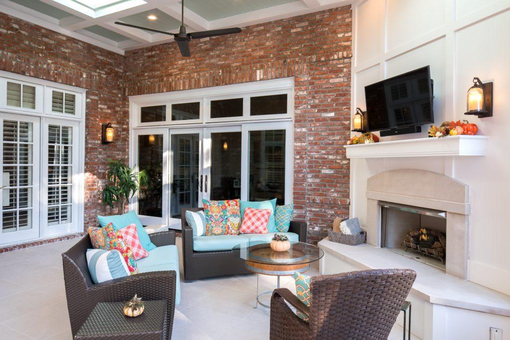 porch-screened-fireplace-travertine-tec-17