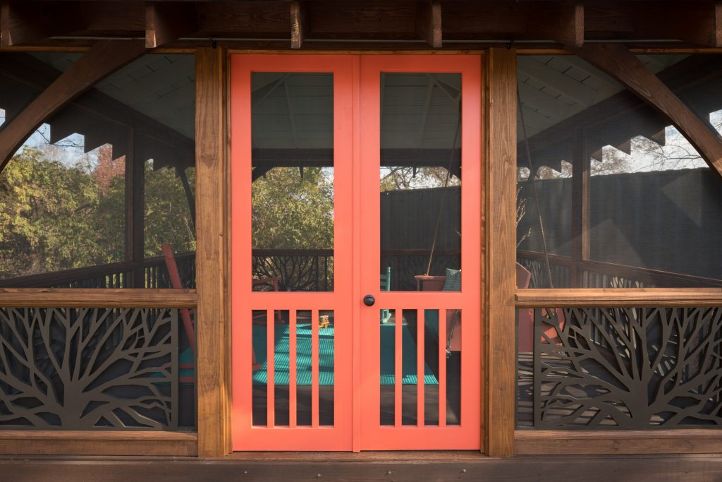 porch-screened-pvc-swing-retreat-pvc-branches-railing-16-6