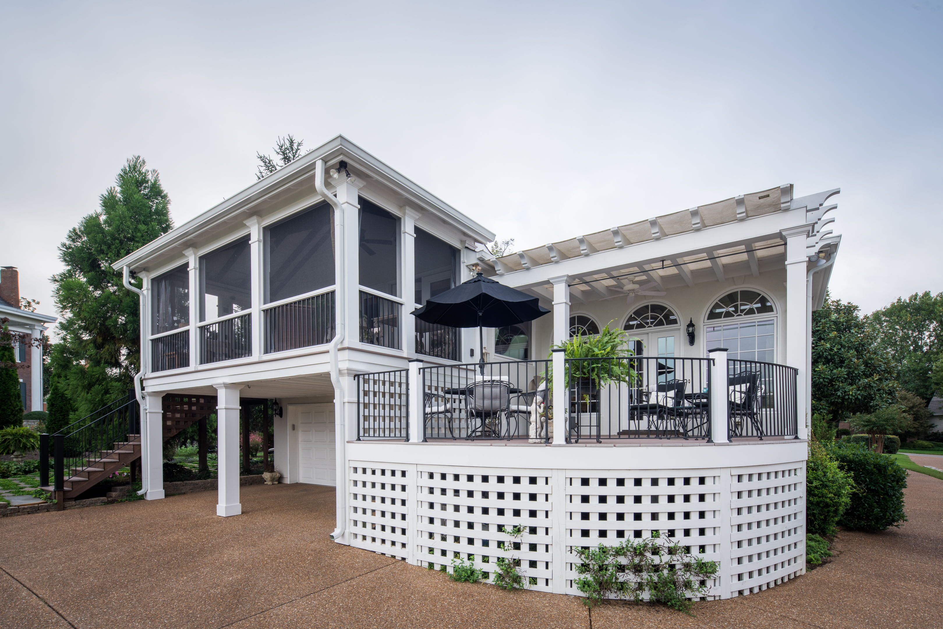 atthe porch companyour deck and screened porch combos are uniquethe