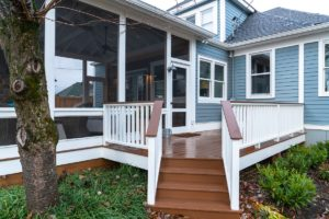 West Nashville AZEK deck and screened porch combination