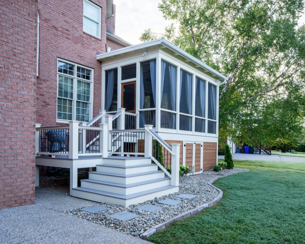 West Nashville flat-roof screened porch and deck design