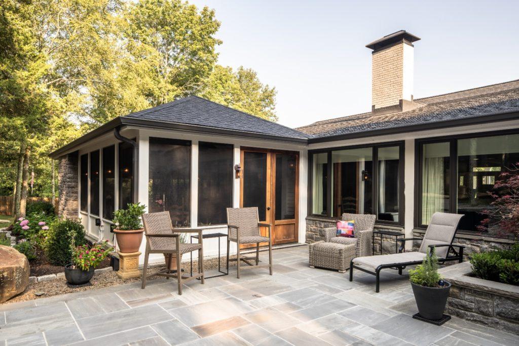 Franklin TN bluestone patio and screened porch design