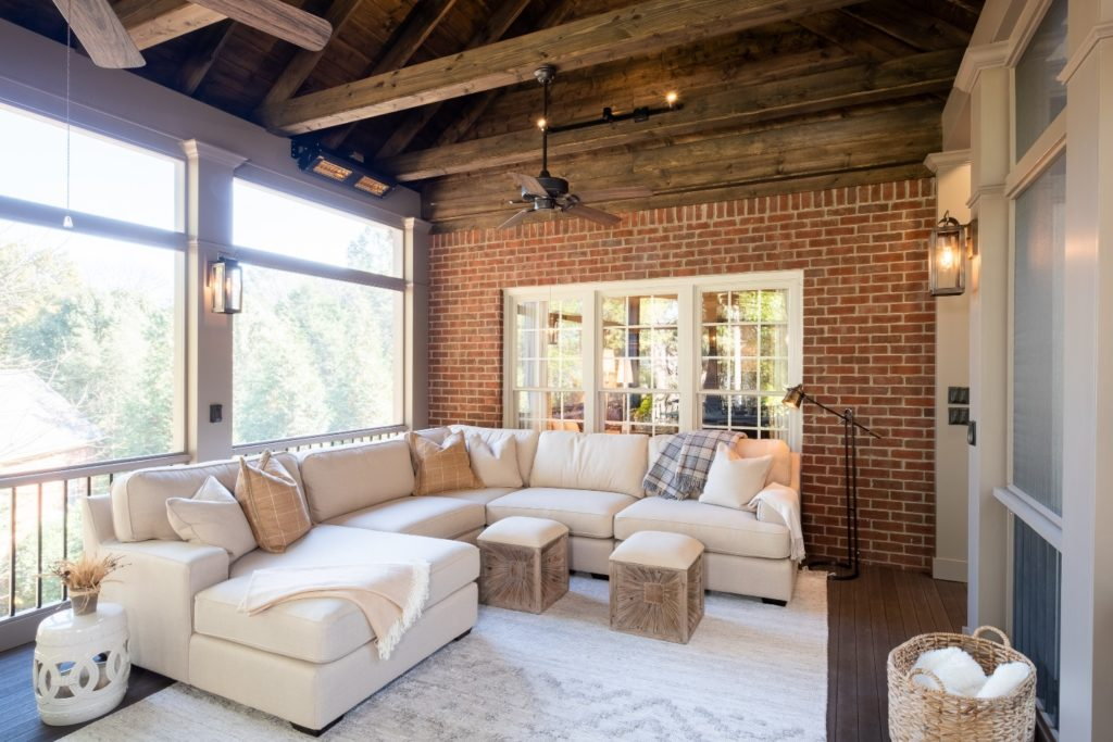 Comfortable screened porch design in Brentwood TN