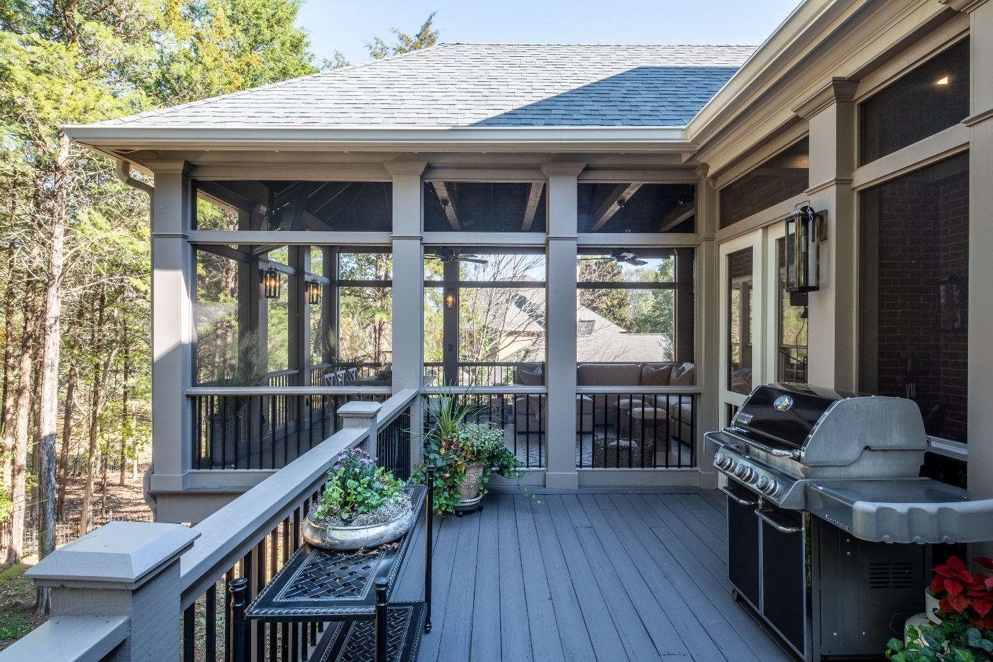 Deck and screened porch design in Brentwood TN