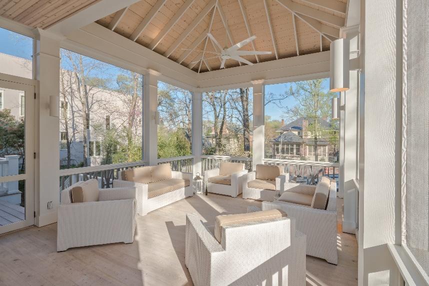 2016 Regional Chrysalis Award Winning Porch and Deck