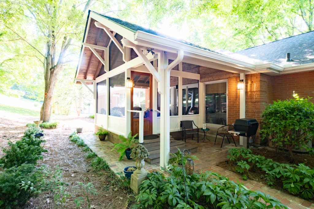 West Meade, TN, Rustic Porch Built for Two