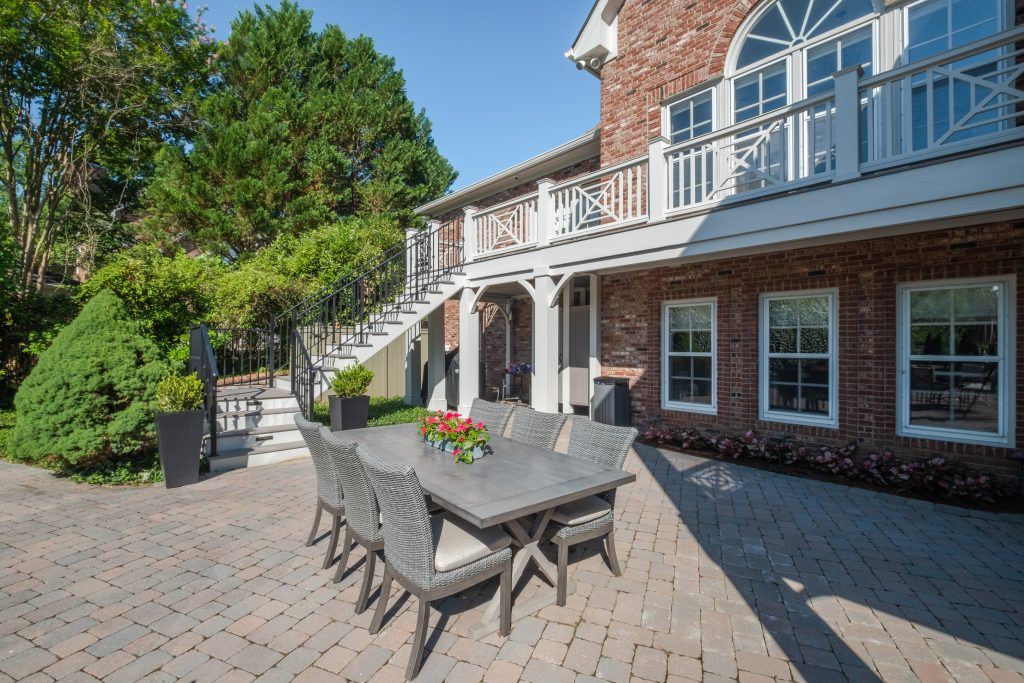 Brentwood open and screened porch combination space