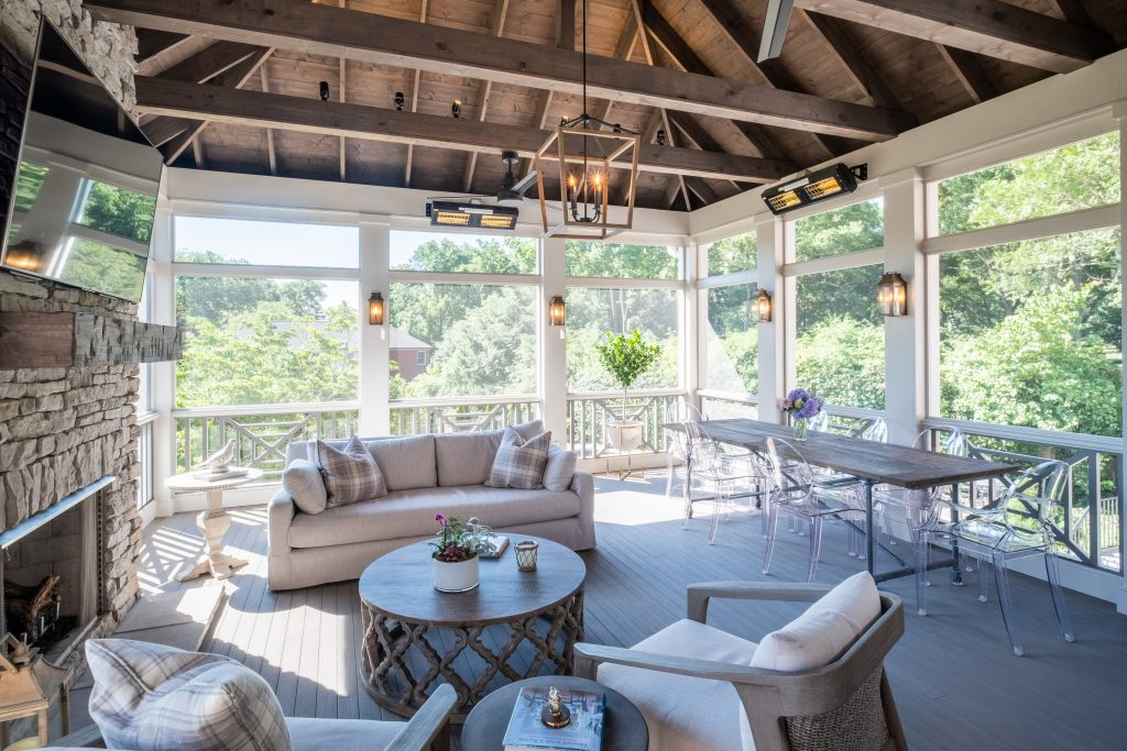 Brentwood screened porch