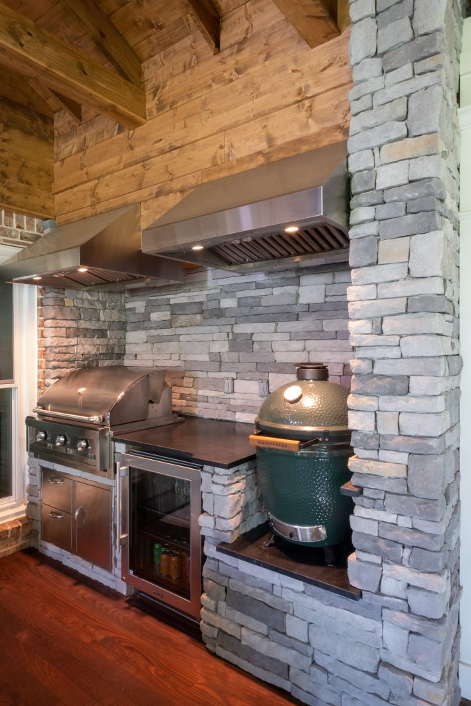 Franklin TN outdoor kitchen within screened porch